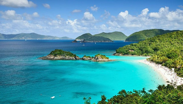 5 Most beautiful beaches around the world to spend summer.