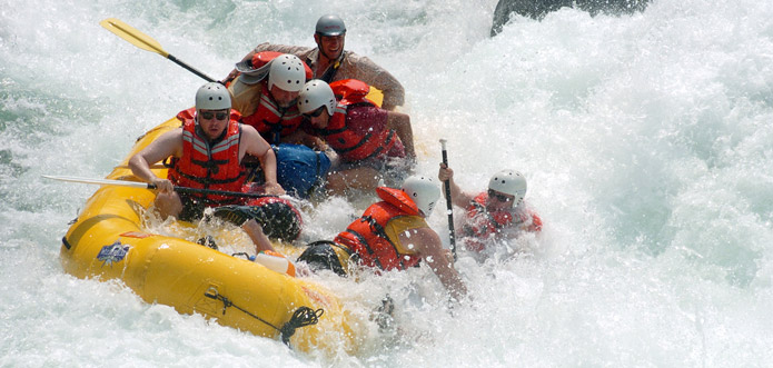 rafting-on-indus-river-ladakh
