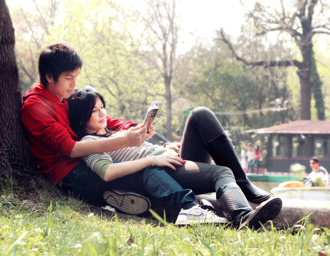 Boy And Girl Love Story Wallpaper : Heart Touching Love Story ~ Must Read