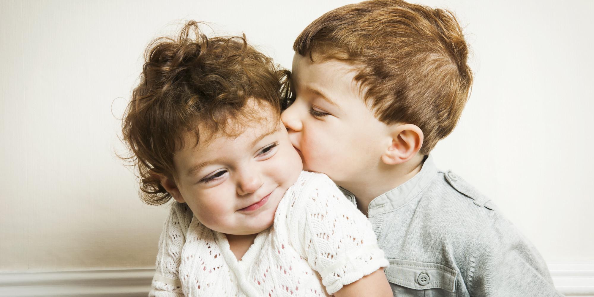 BOY-KISS-GIRL-facebook