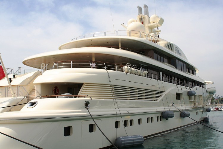 Image Source: www.liveyachting.com