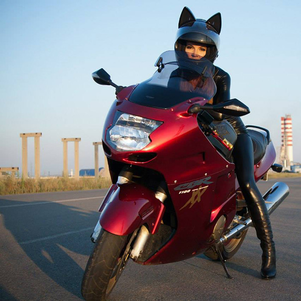 cat-helmets-motorcycle-neko-nitrinos-motostudio-14