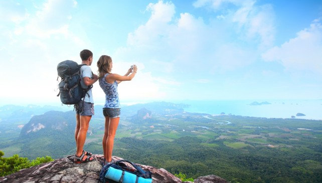 The 10 Types of Friends You Actually WANT to Travel With